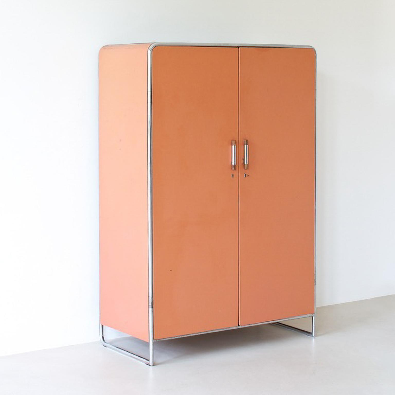 Kleiderschrank modern  MODERN XX/ Bauhaus - Stahlrohr Kleiderschrank/ Tubular steel wardrobe