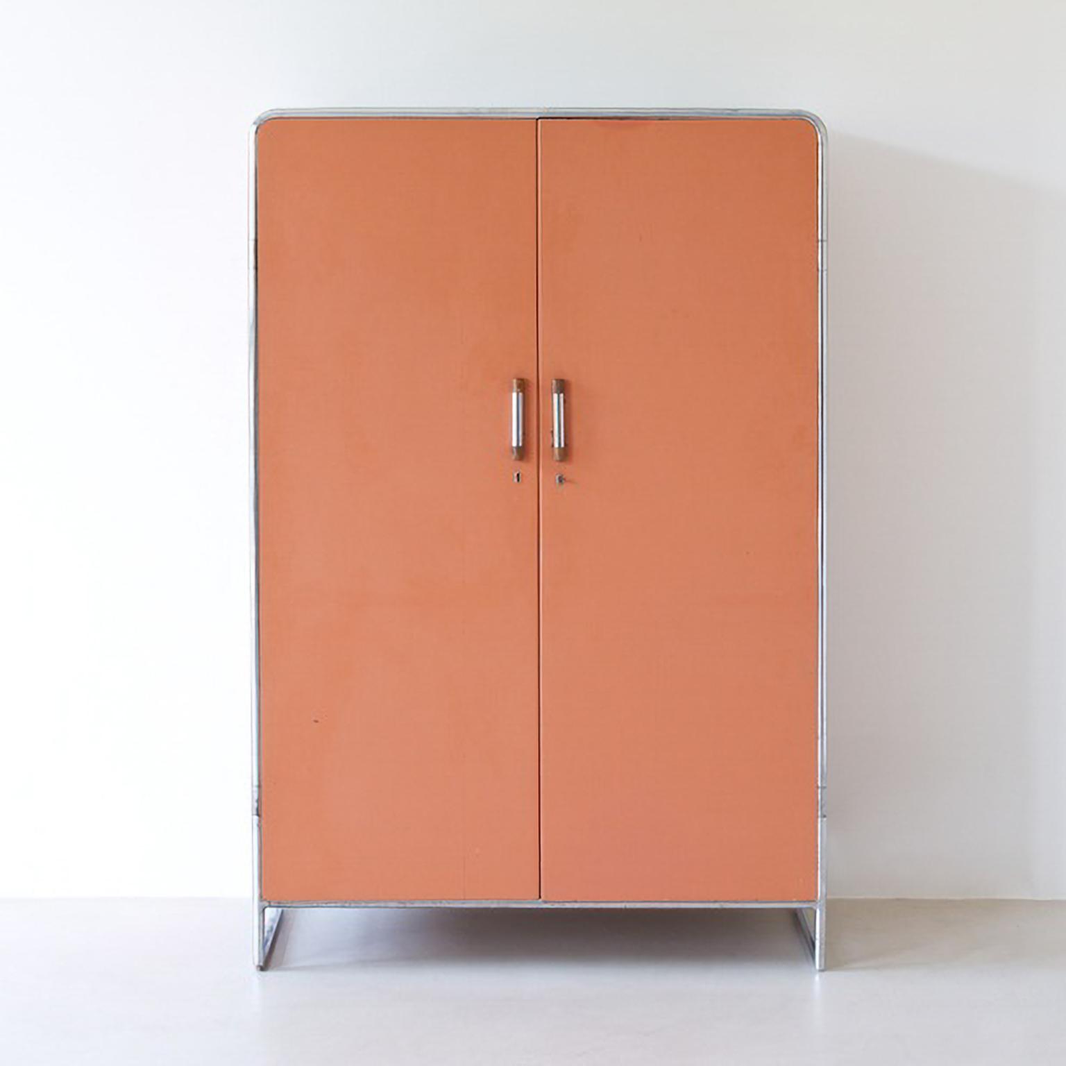 Bauhaus kleiderschrank  MODERN XX/ Bauhaus - Stahlrohr Kleiderschrank/ Tubular steel wardrobe